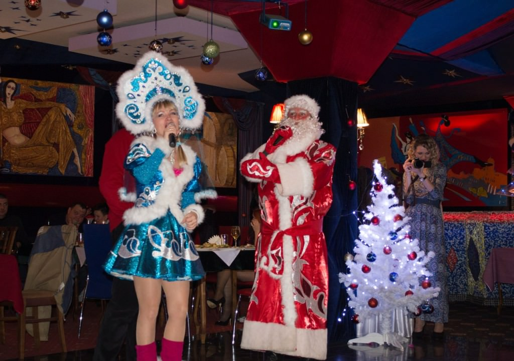ведущая на новый год в Крыму