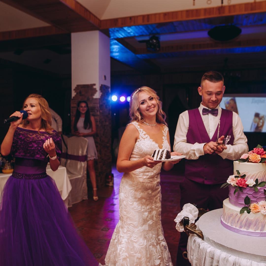 ведущая на свадьбу крым