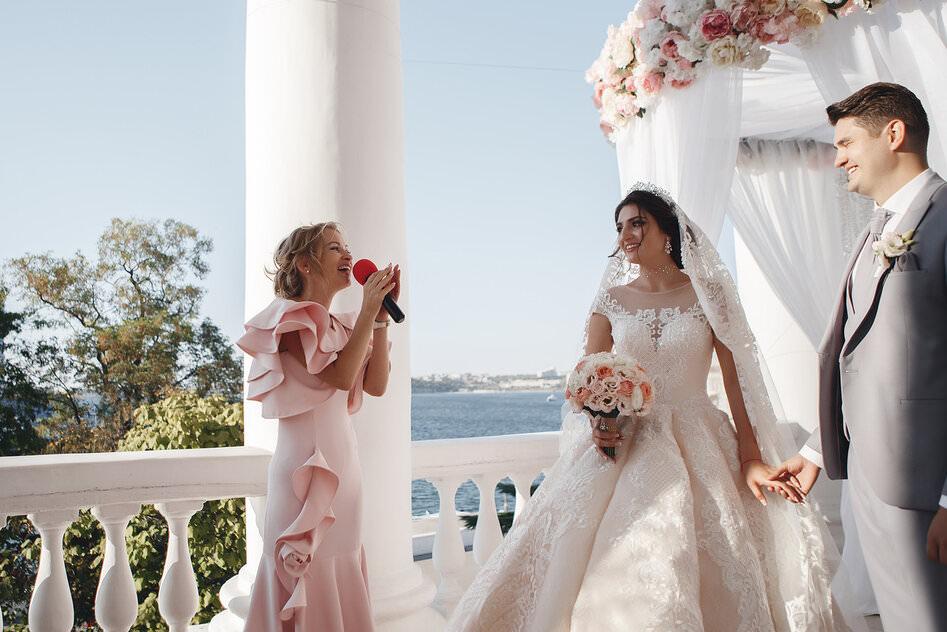 организация свадеб с ведущей