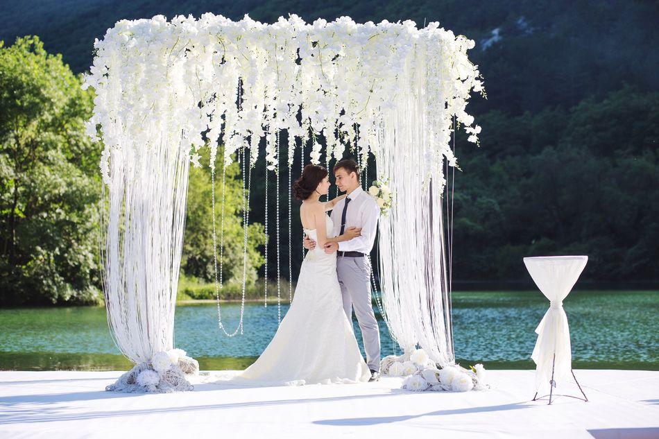 Выездная церемония бракосочетания: топ-10 мест в Крыму